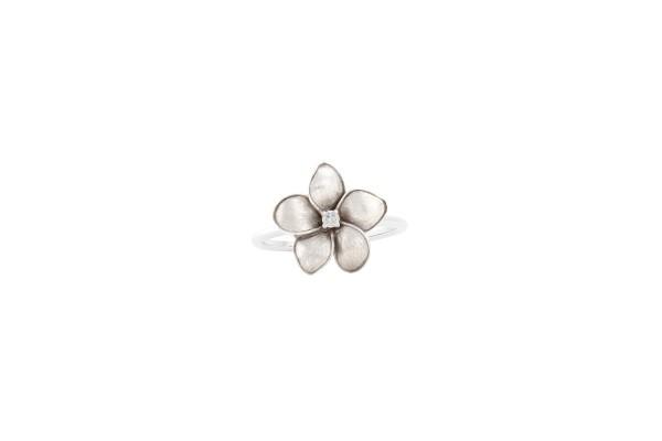 Blossomed Petal Ring